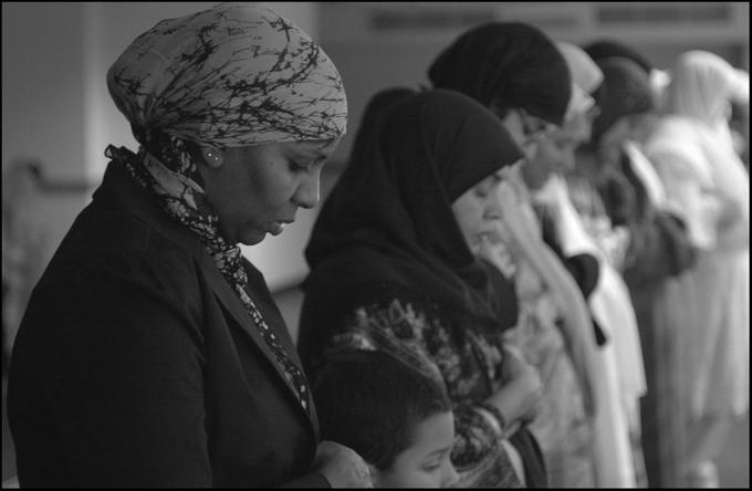 femmes qui prient